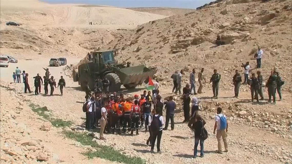 ميركل تهدد بإلغاء زيارة لإسرائيل إذا تم هدم  قرية الخان الأحمر