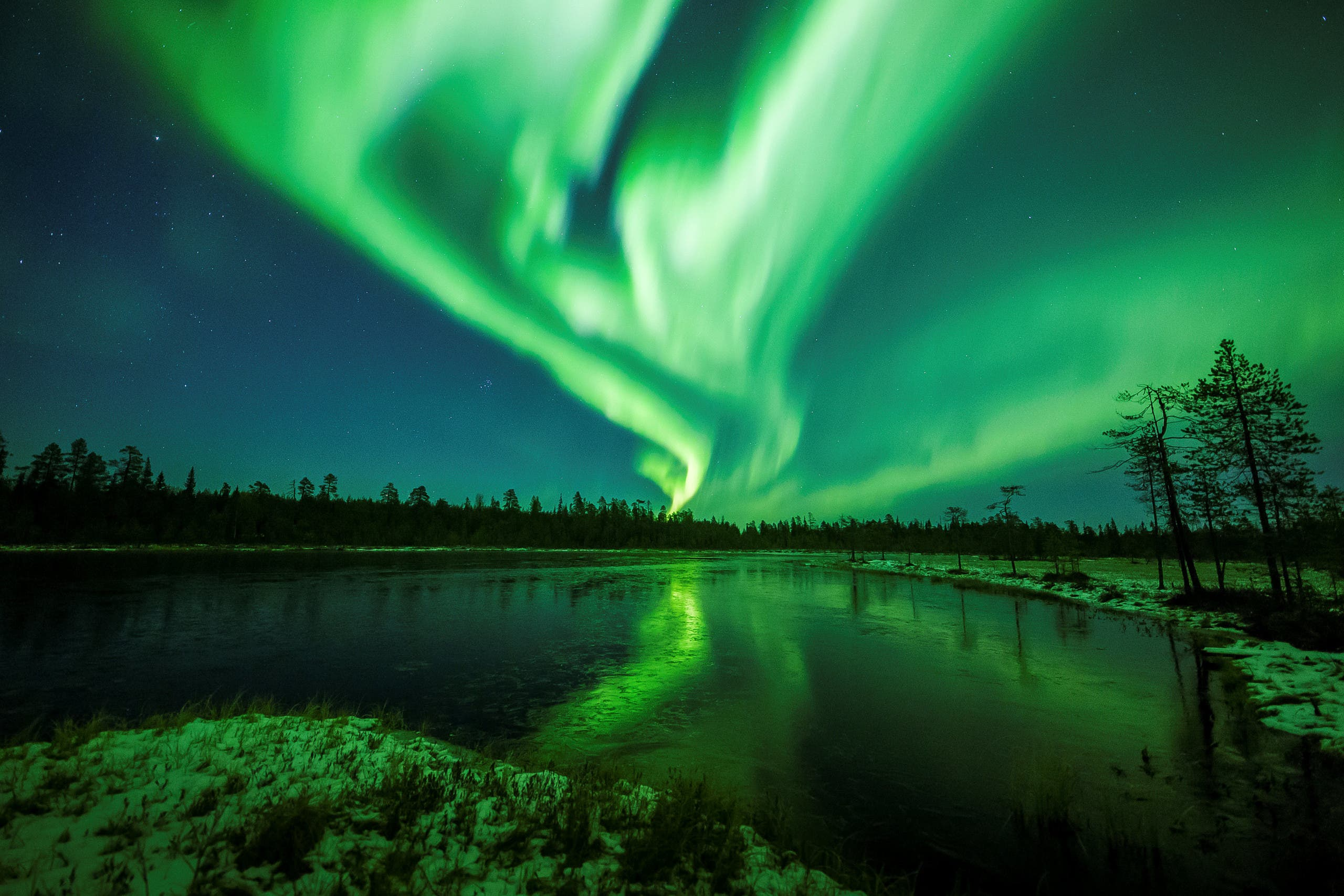 The Aurora Borealis (Northern Lights) is seen over the sky near Rovaniemi in Lapland, Finland, October 7, 2018. (Image: Reuters)