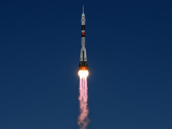 "هبوط اضطراري لرائدي فضاء بعد تعطل صاروخ ""سويوز"" بالجو"