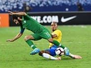 في 6 دقائق.. حسين عبدالغني يتغلب على بوفون وإيتو