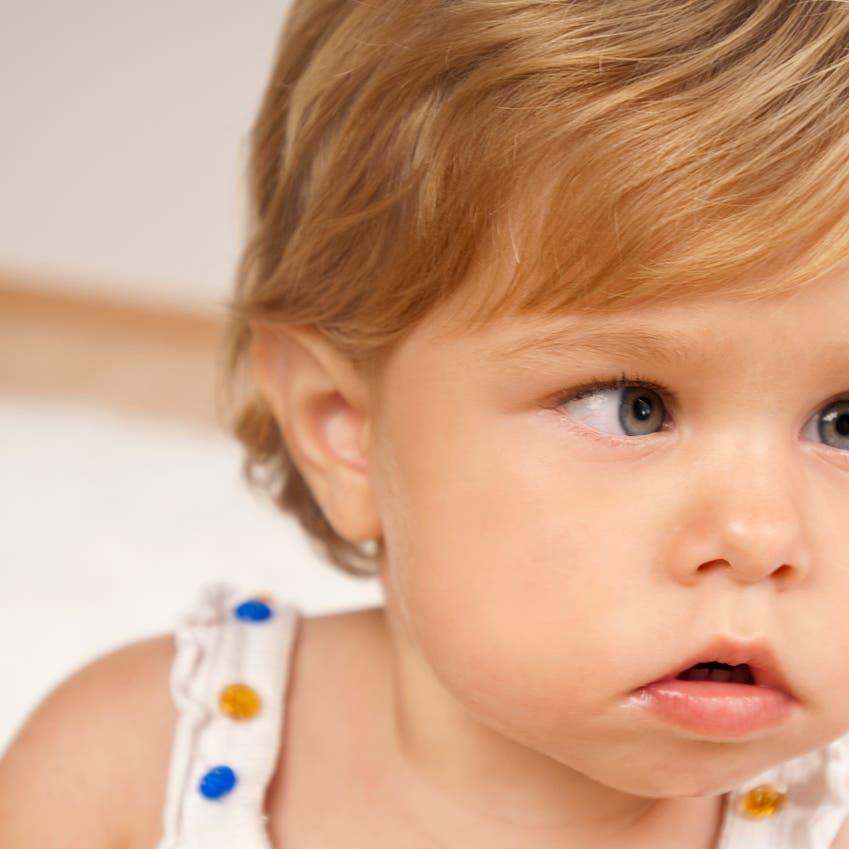 """""""العين الكسولة"""" تؤثر على وظائف الدماغ"""