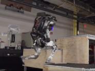 شاهد روبوت بوسطن ديناميكس صاحب القدرات بشرية
