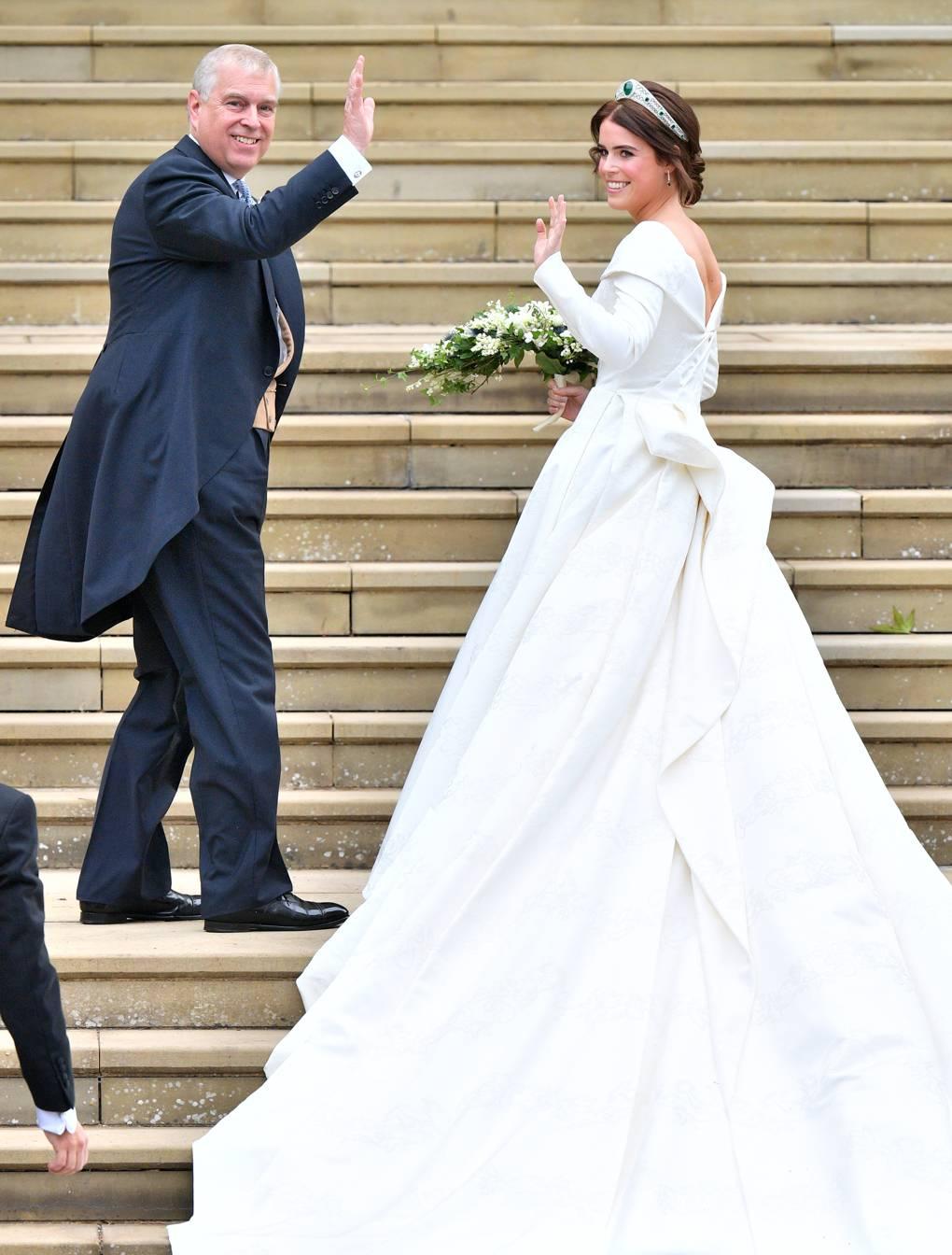 9897d461 8f62 4a92 b3c7 bf3ecd8a00b7 زفاف ملكي جديد ،حفيدة اليزابيث تدخل القفص  الذهبي  وميغان وكيت  تتنافسان!!!!!