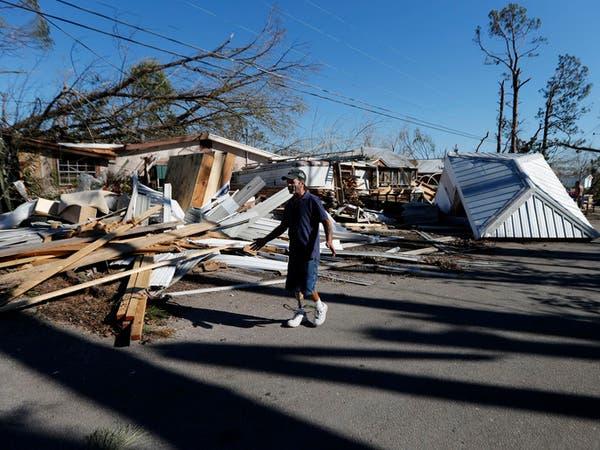 العاصفة أيساياس تتحول لإعصار من الدرجة الأولى وتتجه لفلوريدا