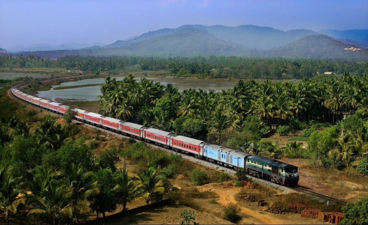 The Hazrat Nizamuddin-Trivandrum Rajdhani Express near Gokarna Station in Karnataka. (Supplied)