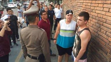 بريطاني وكندية يواجهان السجن لتشويه أثر في تايلاند