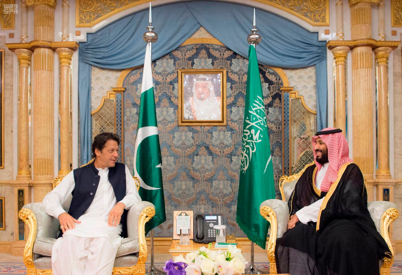 Prime Minister Imran Khan meets Saudi Crown Prince Mohammed bin Salman, in Jeddah, on September 19, 2018 (SPA via AP)