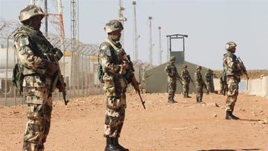 مقتل عسكري جزائري في هجوم انتحاري على ثكنة قرب مالي