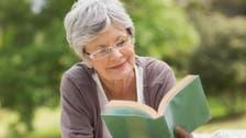 مطالعے کی عادت انسان کی عمر میں اضافے کا سبب ہے : تحقیق