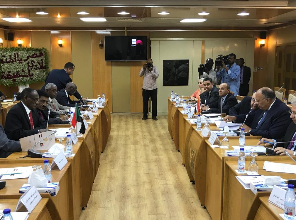 اجتماع بين الجانبين المصري والسوداني