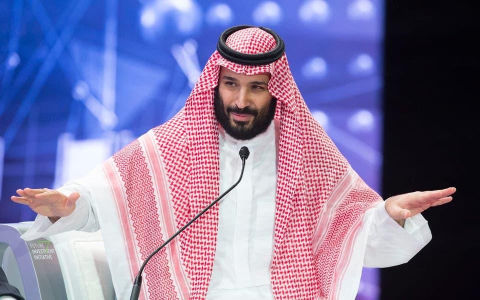 ولي العهد أعيش بين شعب عظيم وهمة السعوديين كجبل طويق