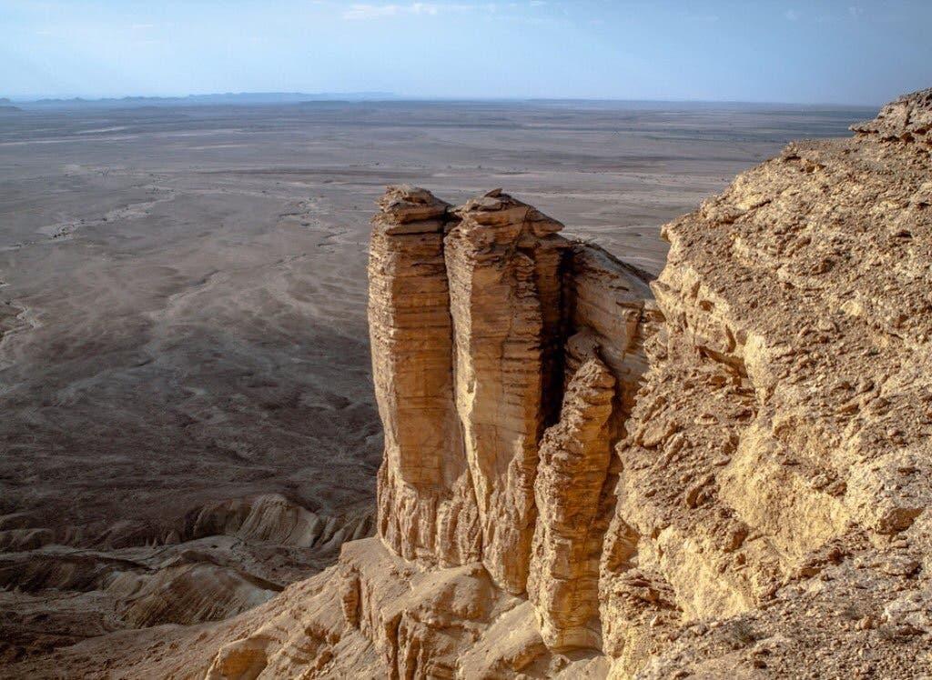 Saudi Arabia Twaiq Mountain 2 (Abdullah al-Issa)