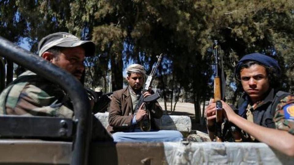 عناصر من مليشيا الحوثي