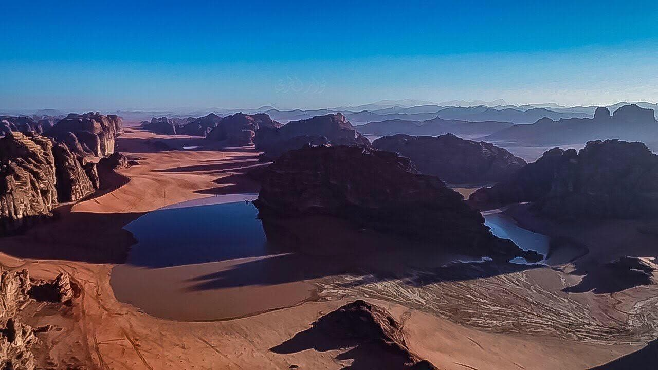 IN PICTURES: What did the rains do to the mountains of NEOM? 9