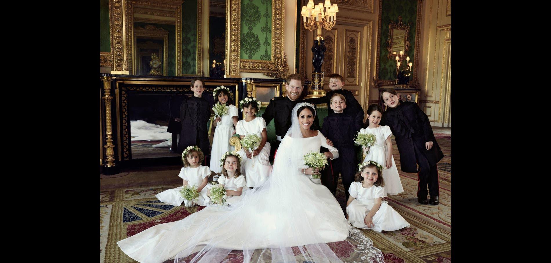هاري وميغان برفقة فتيان وفتيات الشرف