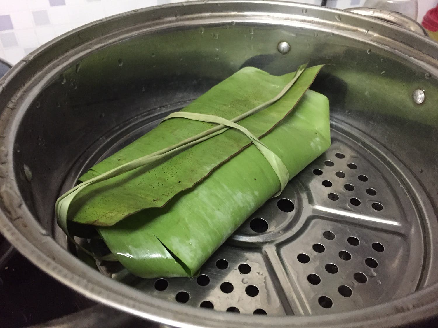 The most common leaf used in Indian cuisine is the banana leaf. (Supplied)