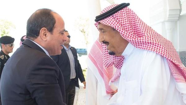 الملك سلمان للسيسي: نحرص على تعزيز التعاون الاستراتيجي