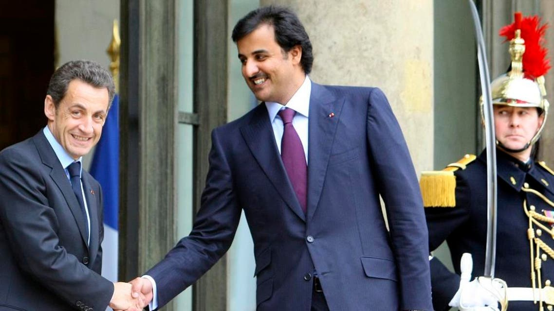 Tamim bin Hamad and nicholas sarkozy (AP)
