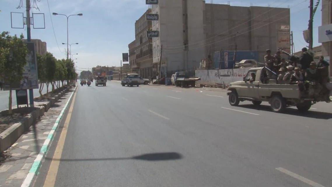 الحوثيون يتخذون مستشفى #الحديدة ومرضاه دروعا بشرية