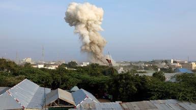 30 قتيلا في هجمات انتحارية بمقديشو وحركة الشباب تتبنى