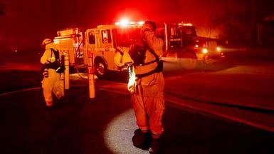 حريق غابات يدمر بلدة في ولاية كاليفورنيا