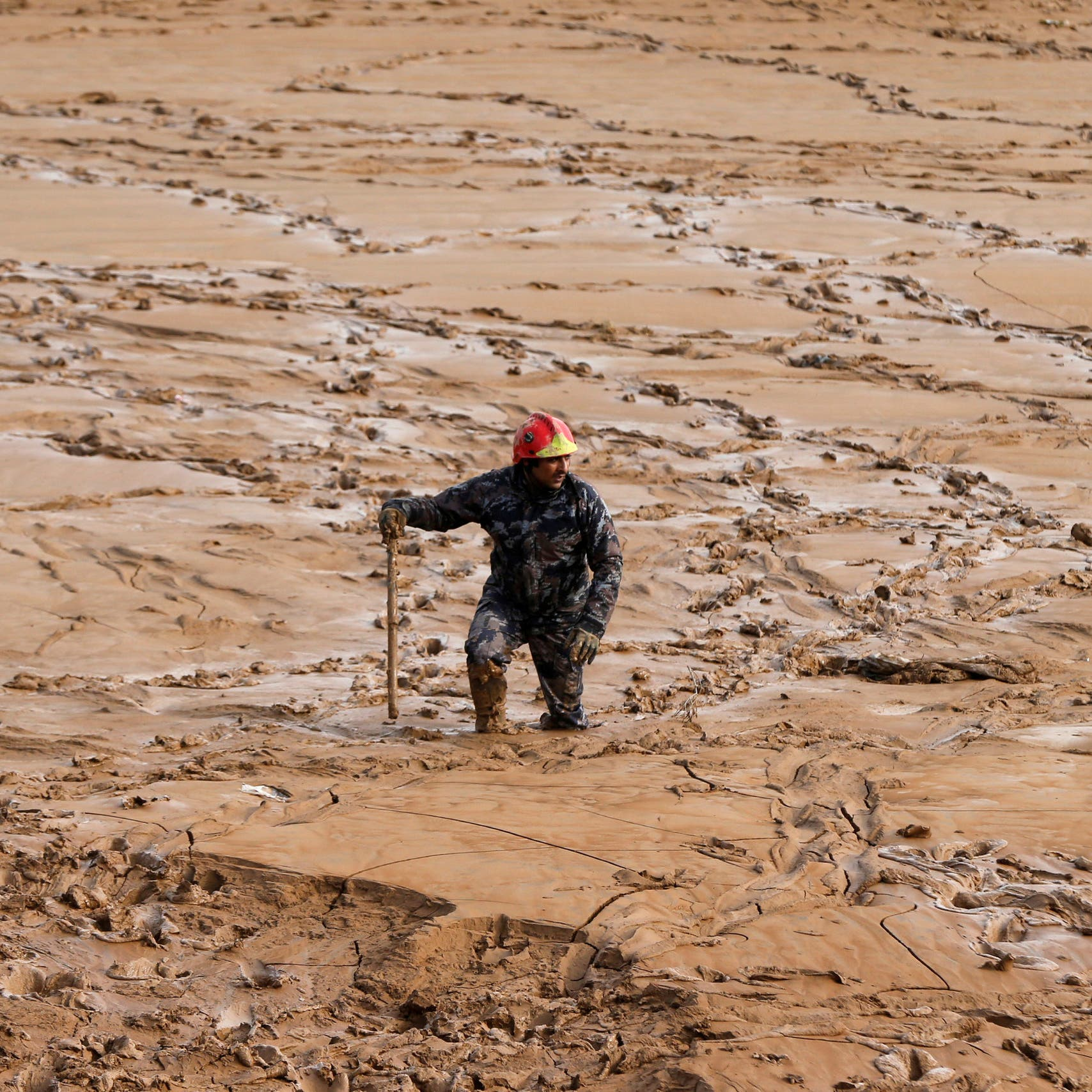 الأردن.. وفاة 12 شخصاً وإجلاء الآلاف جراء السيول