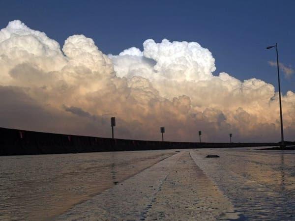 """بياض كالثلج وألوان زاهية.. صور سماء عسير """"تأسر القلب"""""""