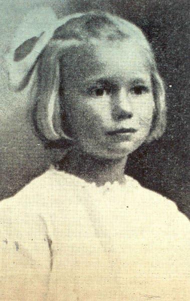 صورة للطفلة  ماي بييرستورف