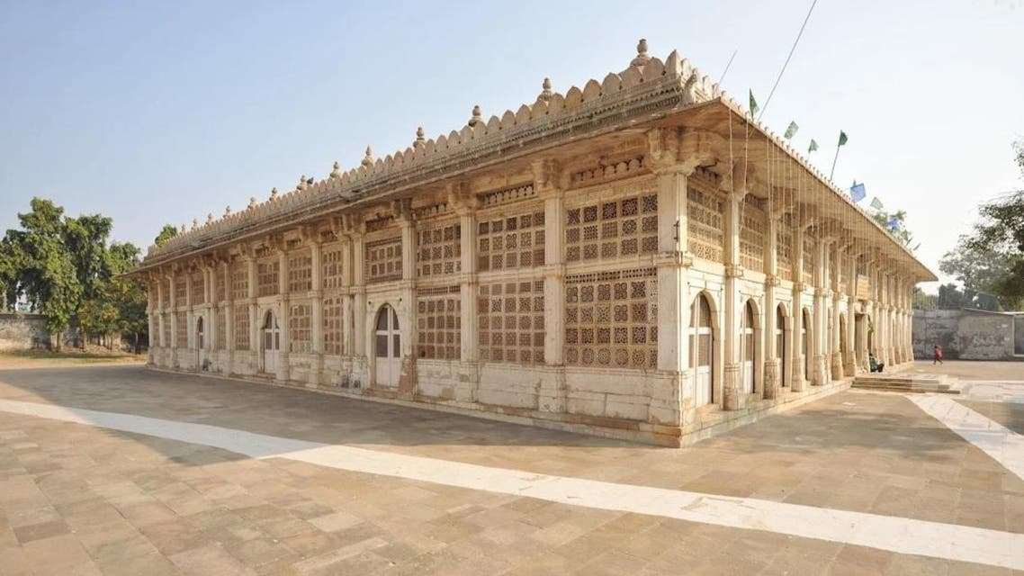 Sarkhej Roza is an elegant architectural complex with elaborate stone lattices and tomb of Sufi saint Haz¬rat Shaikh Ahmed Khattu. (Supplied)