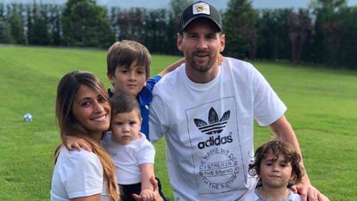 lionel messi with family (instagram)