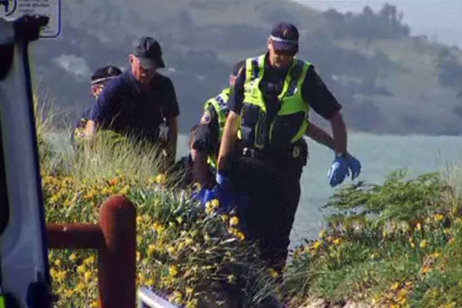 الشرطة في مكان الحادثة، نقلاً عن ABC نيوز