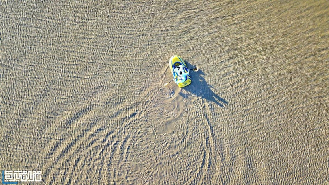 Boats in the desert? 6 photos you won't believe were taken in Saudi Arabia 1