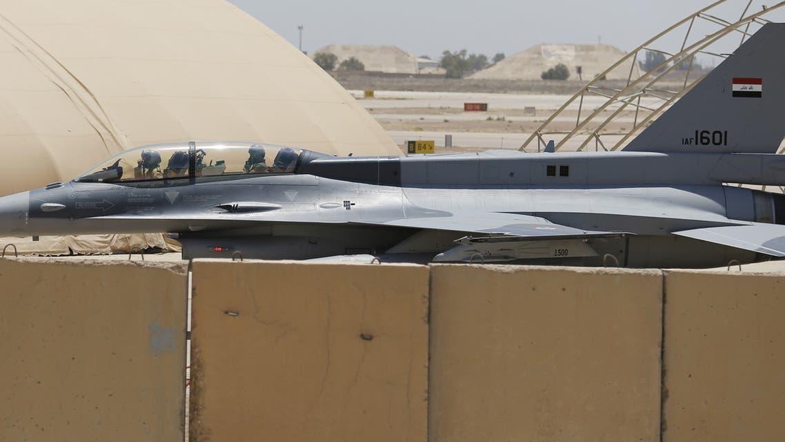 طائرة عراقية مقاتلة من طراز إف-16
