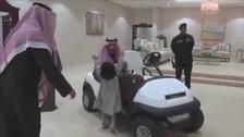 VIDEO: Little Saudi girl runs to embrace Saudi King Salman in al-Jawf