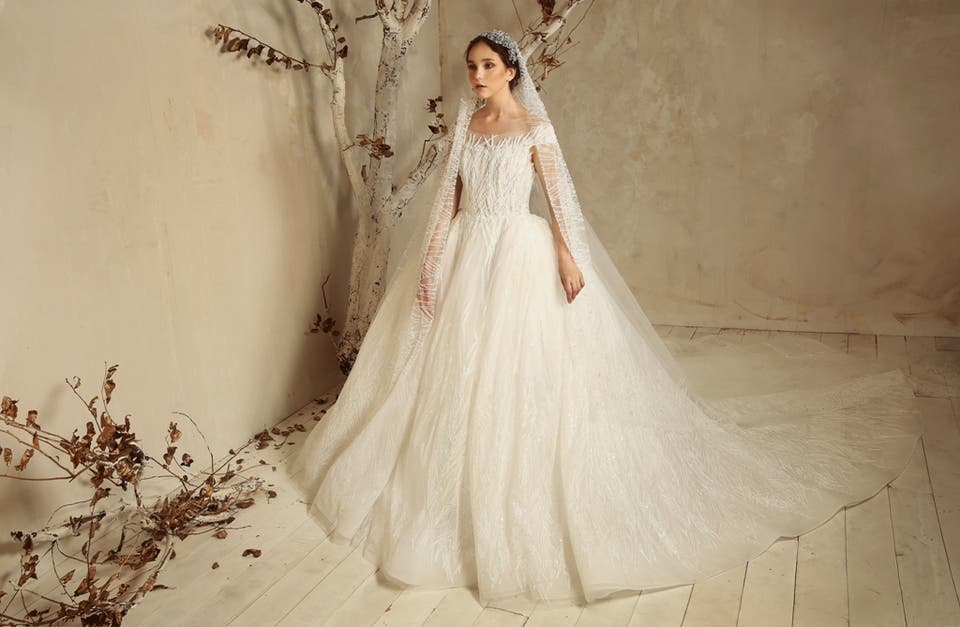 b2d1a9f1e فساتين طوني ورد للأعراس.. بكل تدرجّات الأبيض