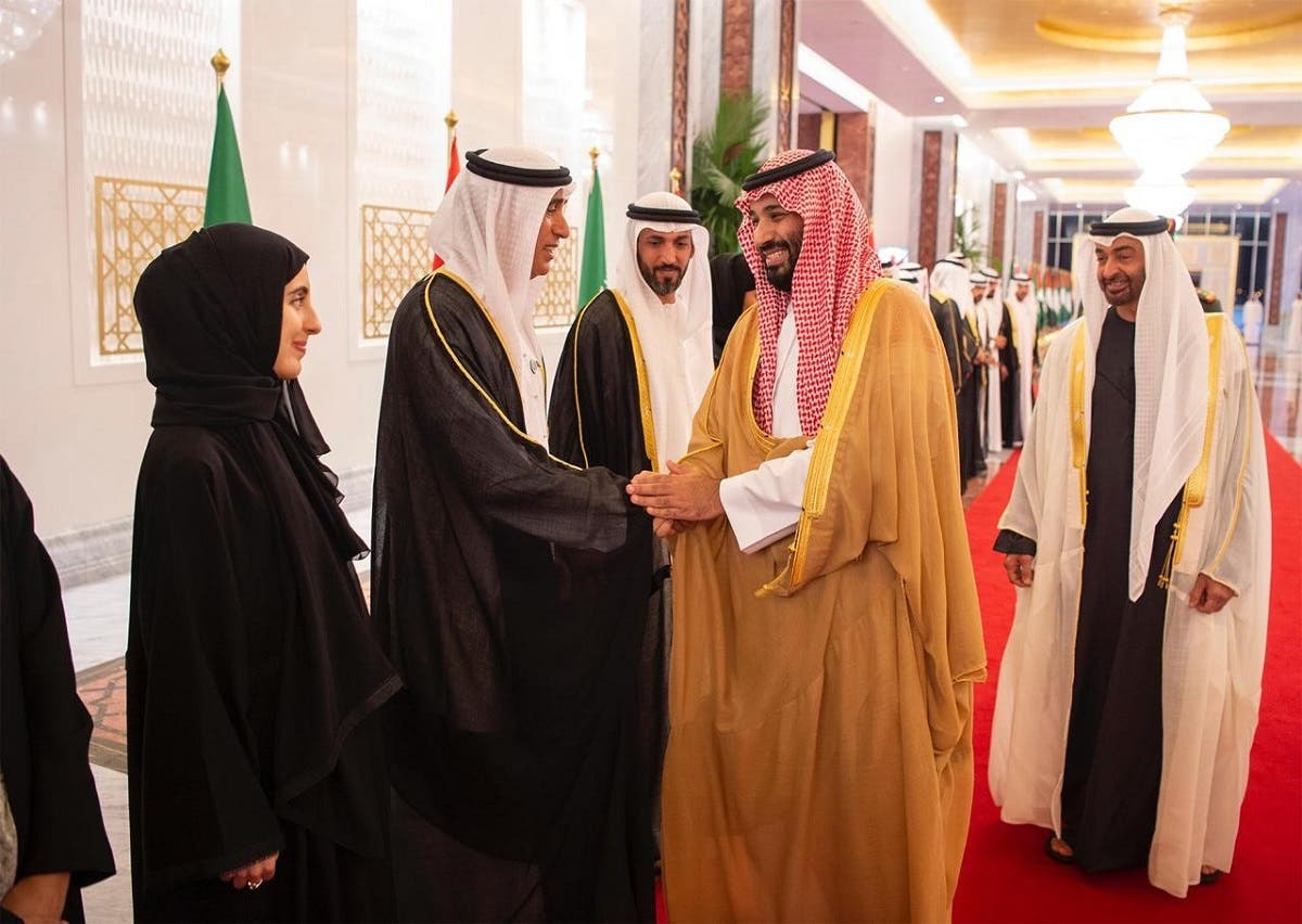Saudi Crown Prince being greeted by UAE Ministers 5