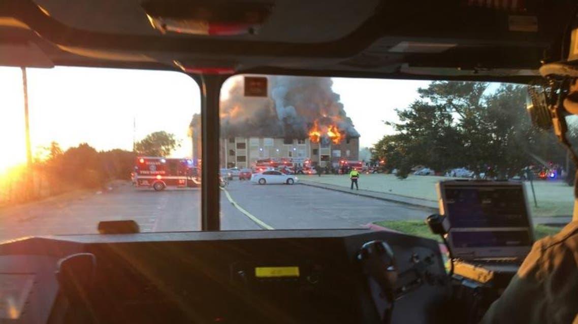 Fire in complex in Dallas (DALLAS FIRE-RESCUE)