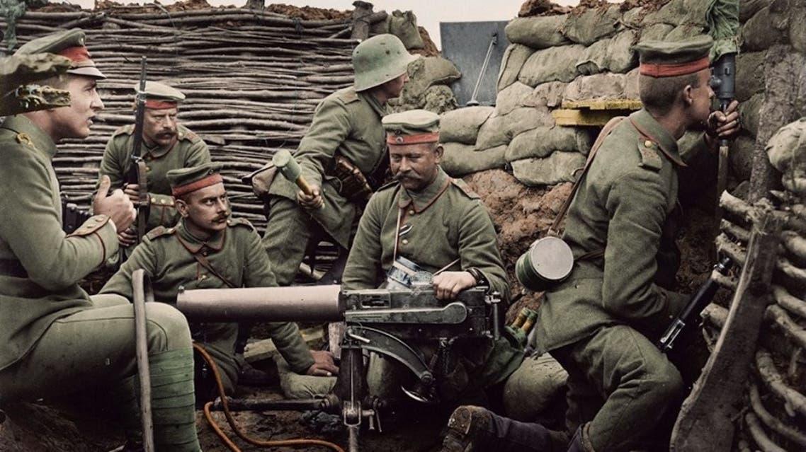صورة ملونة اعتمادا على التقنيات الحديثة لعدد من الجنود الألمان خلال الحرب العالمية الأولى