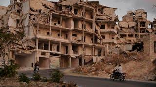 إجلاء 2200 شخص من آخر مناطق داعش شرق سوريا