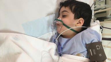 شاهد شجاعة طفل معاق.. تبرع بخلاياه الجذعية لشقيقتيه