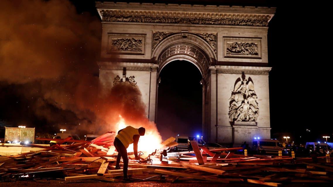 احتجاجات الوقود في فرنسا شابتها أعمال عنف