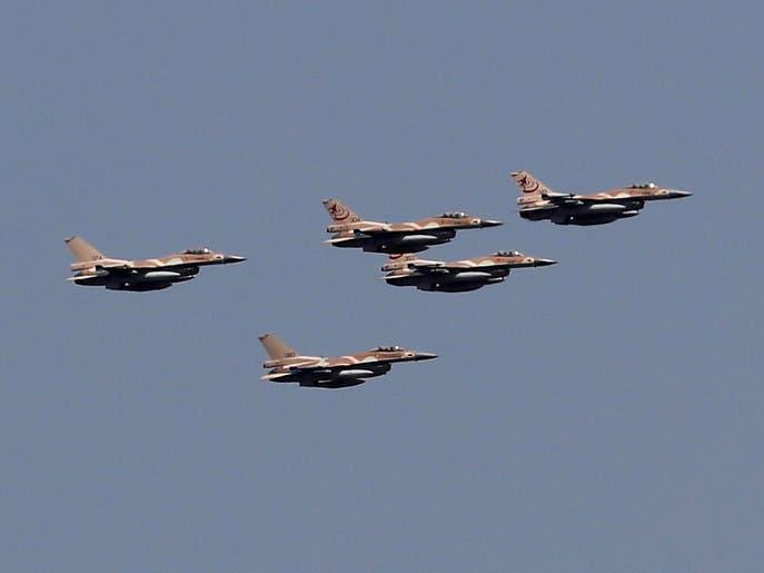 """غارات في دمشق..وإسرائيل تقر """"استهدفنا مواقع فيلق القدس"""""""