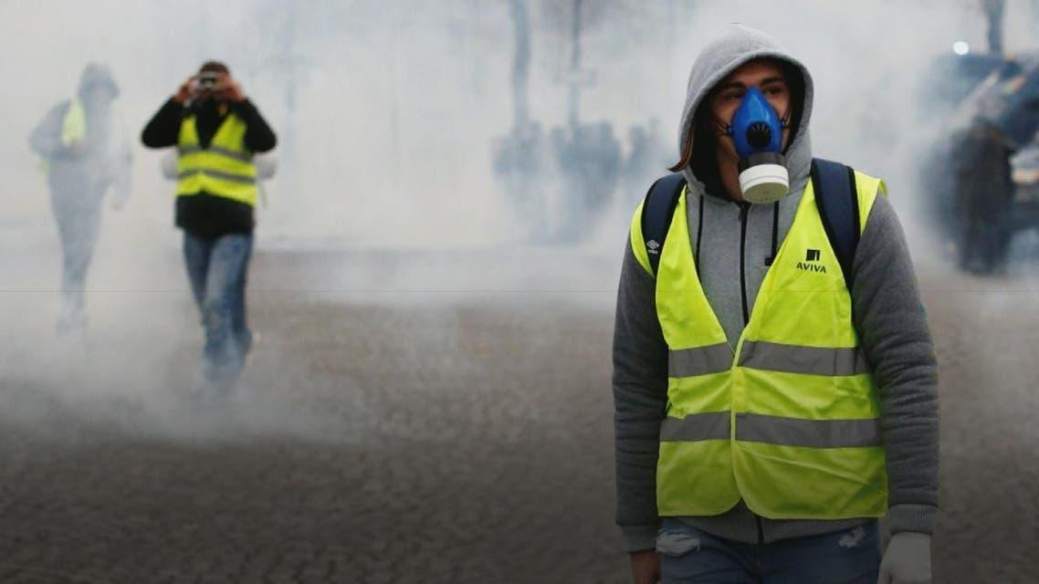 من هم اصحاب السترات الصفراء الذين يقودون تظاهرات فرنسا