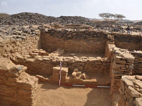 بعد عدة اكتشافات.. استكمال التنقيب في عشم الأثري