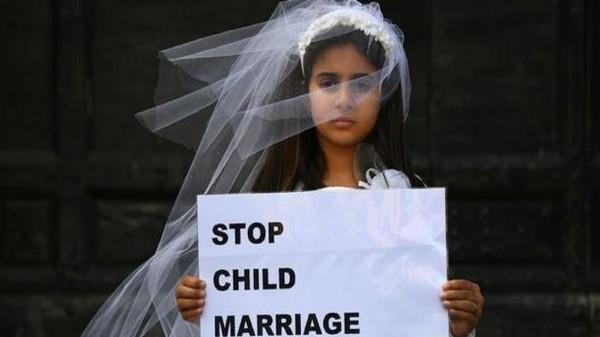 مصر تلجأ للتابلت لمنع زواج القاصرات!