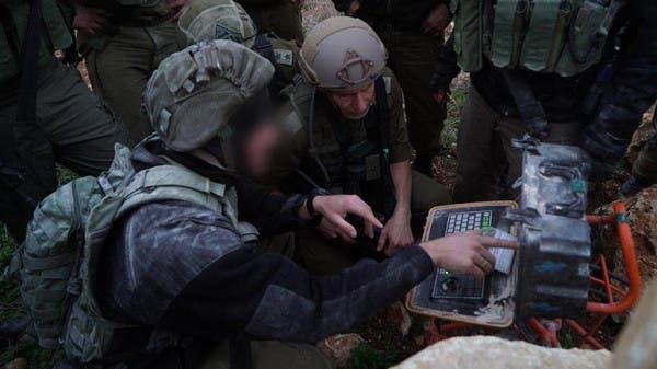 جنود إسرائيليون يدمرون ما قيل إنها أنفاق لحزب الله
