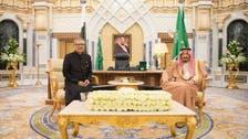 خادم الحرمين يبحث مع الرئيس الباكستاني العلاقات الوثيقة