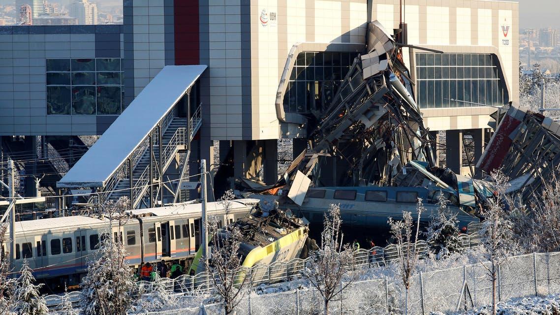 قتلى وجرحى بحادث قطار في أنقرة