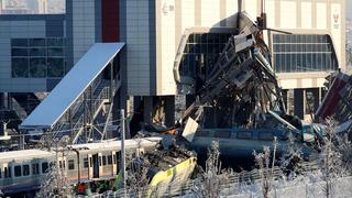 قتلى وجرحى بحادث قطار في أنقرة.. وفيديو يوثق الخسائر