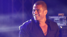 WATCH: In first, Egyptian superstar Amr Diab braces Saudi stage marking Formula E